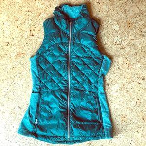 lululemon down for a run vest size 6
